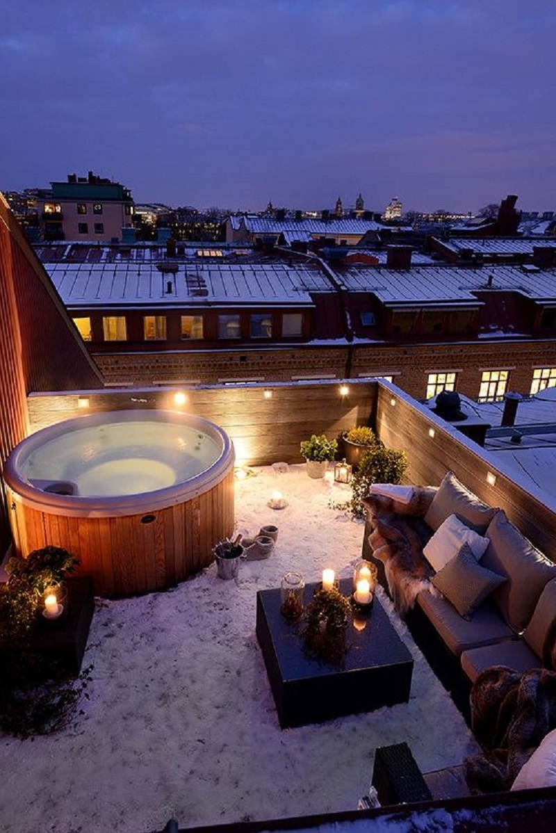 hot tub - winter deck ideas 800 x